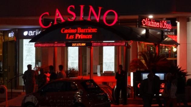 Luxus v Cannes: Kasina nabízí kabaret i hru na mořském výběžku