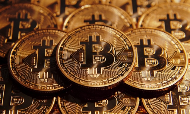 Bitcoinové kasino láká, pro hráče však znamená riziko