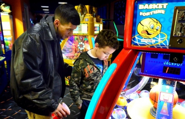 Dětští hráči v kasinech: hazardní hry si vyzkouší více než 9% mladistvých!