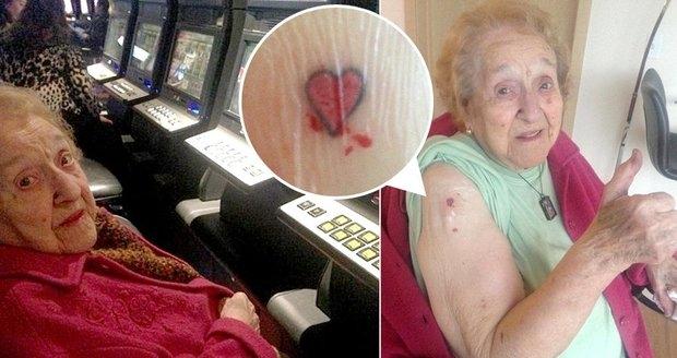 Casino baví v každém věku: vzrušující noc si tu užila i 103letá babička!