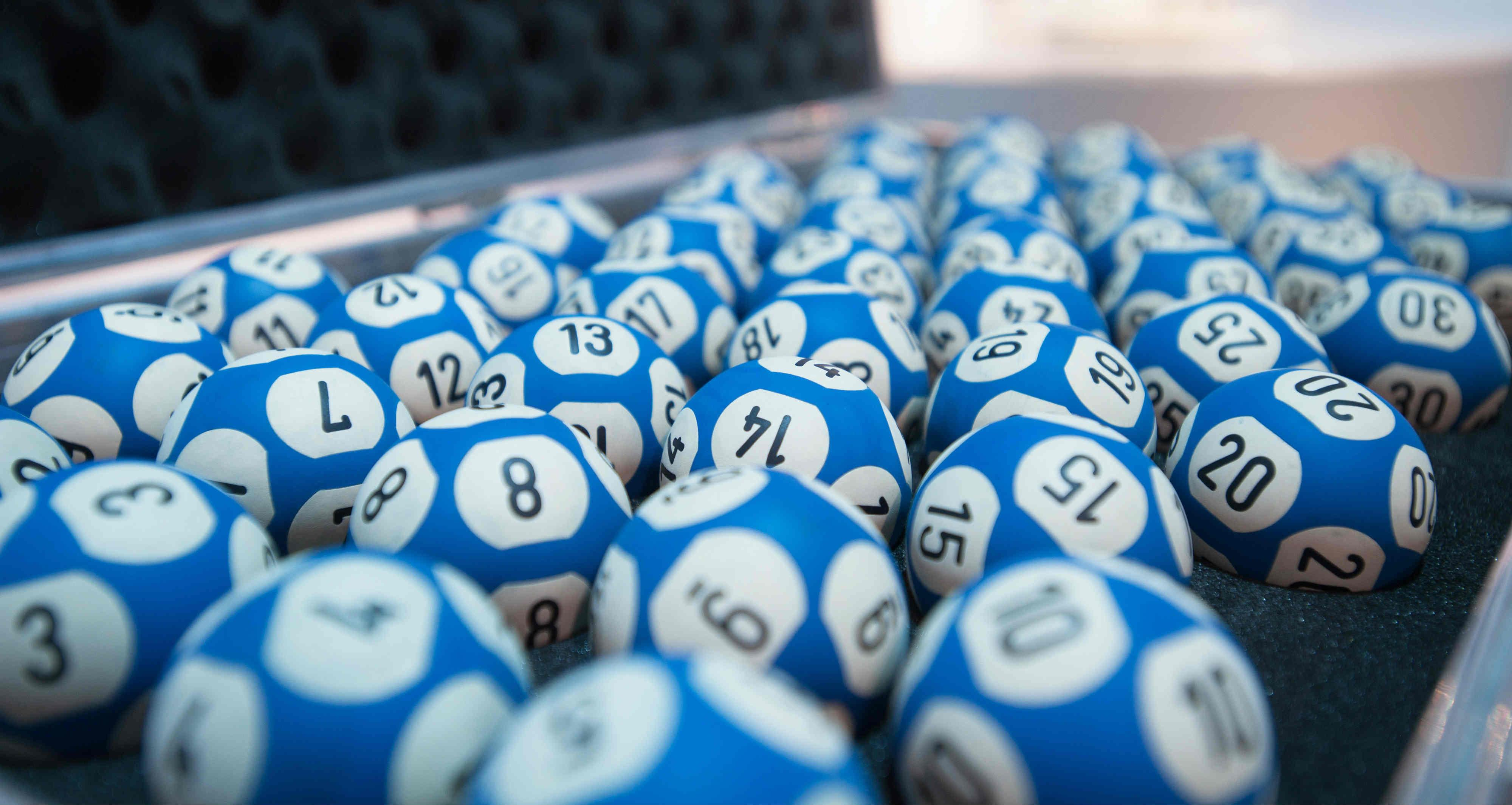 Výherní loterie a tři bláznivé příběhy!