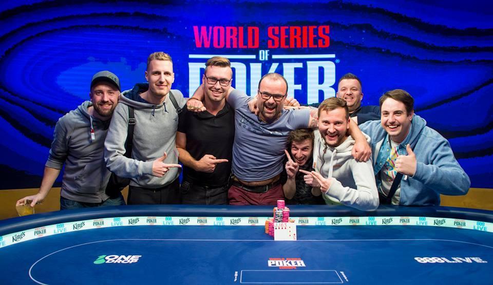 Poker, jak zbohatnout a začít kariéru?